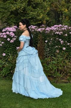 Before the Automobile: 1871 dress ball gown version http://augustintytar.blogspot.fi/search/label/1871%20dress%20ball%20gown%20version