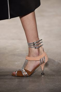 c1ef5beb49871 The Top 12 Trends That Everyone Will Be Wearing This Spring
