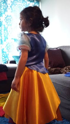 A simple yet creative approach to hand stitching your own DIY Snow White Costume for toddlers. Diy Snow White Costume, Toddler Costumes, Hand Stitching, Desi, Tulle, Asian, Skirts, Tutu, Skirt