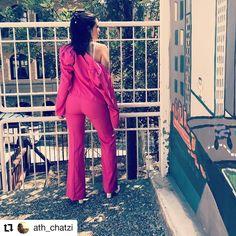 #Repost @ath_chatzi • • • • • • Ποια είναι η κοπελίτσα με το κοστούμι; #sushiscloset #sushis_closet #greekdesigners #suit #kostoumi #fuxia #greekclothes👗👠👛 #greekfashion👛👠👗 #loveyourdiversity Jumpsuit, Dresses, Fashion, Overalls, Vestidos, Moda, Fashion Styles, Jumpsuits, Catsuit