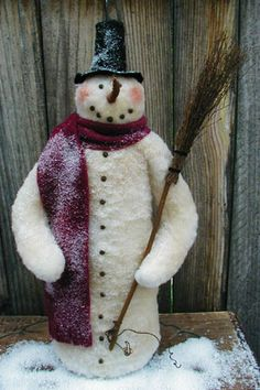 Tons of cute snowmen, hard to pick a favorite! The Pattern Hutch- Country Friends Cloth Doll Patterns
