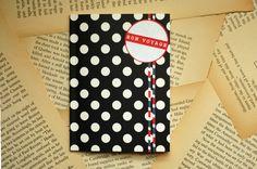 DIY Mini Travel Journal. Great grad gift idea!