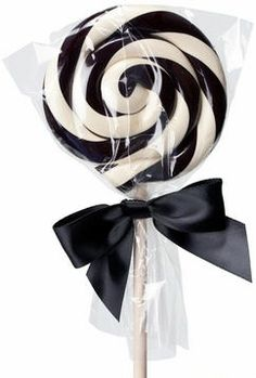 A Jack Skellington lollipop! At least that's what I immediately thought of when I saw it! ;) emh