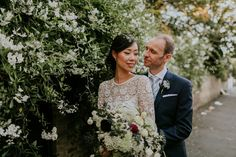 Bride Su wore a Needle & Thread wedding dress for her modern and elegant London wedding. She and her husband Nik met through online dating agency, Guardian Soulmates. Guardian Soulmates, Needle And Thread Wedding Dresses, Dating Agency, London Wedding, Dresses Uk, Online Dating, I Dress, Wedding Blog, Husband