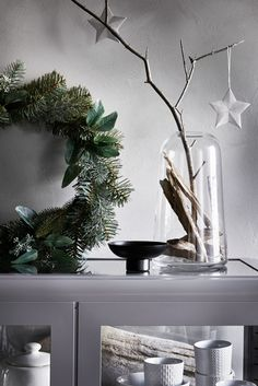 Christmas Inspiration from IKEA - Only Deco Love Christmas Mood, White Christmas, Holiday Fun, Decoration Christmas, Xmas Decorations, Vase Design, Diy Design, Deco Addict, Theme Noel