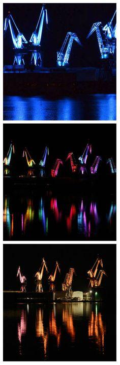 На западной окраине Хорватии есть город Пула, который известен своей судостроительной промышленностью и туристическими местами. Шумный город и его 158-летняя Uljanik-верфь, были озарены необыкновенным светодиодным шоу, чтобы произвести впечатление на экскурсантов. #светодиодноешоу #ledшоу #светодиоды #световоешоу #свет #световаяанимация #световаяинсталляция #светодиодная #уличноеосвещение #подсветка #светодиоднаяподсветка