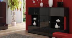 Stylowa czarna komoda z połyskiem. http://www.aaaameble.pl/ #nowoczesnemeble #mebledosalonu #meble #minimalistycznemeble #mebleniemieckie #dom #aranzacjedom #aranzacje