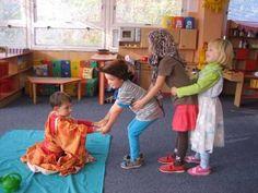 Procvičili jsme si pojmy první , poslední, před, za... Kids Rugs, Carnavals, Kid Friendly Rugs, Nursery Rugs
