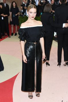 Léa Seydoux en robe Louis Vuitton sur-mesure