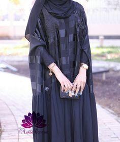 Abaya Style 310607705532983577 - Source by Modern Hijab Fashion, Muslim Women Fashion, Hijab Fashion Inspiration, Abaya Fashion, Hijab Abaya, Hijab Dress, Hijab Dpz, Moslem Fashion, Modele Hijab