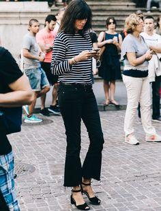 Emmanuelle Alt s'essaie au jean flare 7/8 (blog Collage Vintage)