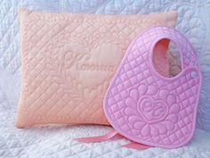 Cotton art: Именные подушка и нагрудник