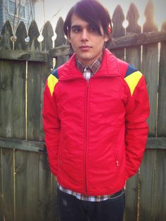 Vintage Men's Red Jacket    Robbe Skiwear - Not Heavy    Very Good Vintage Condition    Chest: 20 Inches Across    Length: 25 Inches    Sleeve Length: 24 Inches    Shoulder to Shoulder: 20 Inches     $11