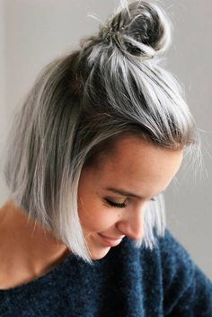 39 Sexy Short Hairstyles to Turn Heads This Summer 2017 Sexy short hairstyles are the answer for those who wonder which type of haircut is the best. Forget about waking up earlier only to fix your hair! http://glaminati.com/sexy-short-hairstyles-summer/