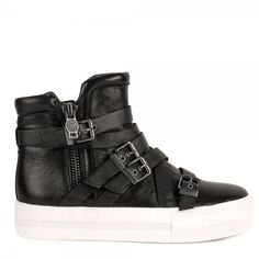 These BRAND NEW stylish JET buckled boots have just landed here at ASH! Check out this new addition online or in-store today!  http://www.ashfootwear.co.uk/womens-c1/ash-jet-buckled-boots-black-leather-p1712