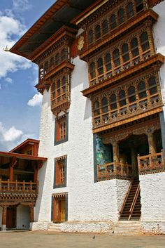 Punakha Dzong, the palace of great happiness in #Bhutan