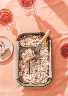 Just in time for spring, these strawberry sugar cookie bars are a perfect homemade dessert that's gluten free, vegan, dairy free and egg free. #spring #springrecipes #strawberry #vegandessert #glutenfree Strawberry Cookies, Cookie Bars, Sweets, Gummi Candy, Candy, Goodies, Treats, Deserts