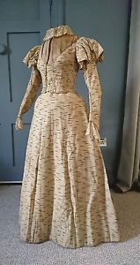 Stylish-Striped-1890s-Balloon-Sleeve-Dress-Victorian-Antique-Fashion