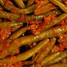 Lebanese green beans in olive oil and tomato sauce (Loubieh bi Zeit)