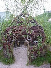 """Lovely Willow den ("""",)"""