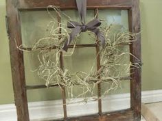 A perfect window + a beautiful wreath = an absolutely fantastic prim treasure! Old Window Crafts, Old Window Projects, Window Frame Decor, Window Art, Window Ideas, Barn Windows, Old Windows, Country Decor, Rustic Decor
