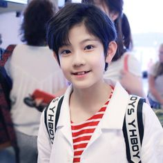 His teeth tho!   { #Minghao #ZhangMinghao #YHBoys #YueHuaEntertainment #Cpop } ©Instagram @yhboysminghao