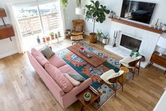 A Vaulted & Vibrant Home in Los Angeles