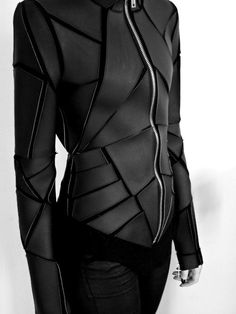 dustrial-inc:  angelinafabbro:  I have a burning need to obtain this jacket. Hello, Bladerunner.  this * 9000;
