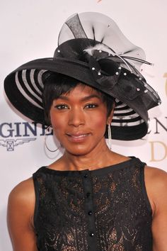 LOUISVILLE, KY - MAY 04: Actress Angela Bassett attends the 139th Kentucky Derby at Churchill Downs on May 4, 2013 in Louisville, Kentucky. (Photo by Stephen Lovekin/WireImage)