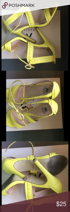 """Shoe Dazzle - Great bright yellow heels with laces Shoe Dazzle - Great, sexy, bright yellow heels with shoe laces. Heel height 4 1/2"""". Will accept reasonable offers. Shoe Dazzle Shoes Heels"""