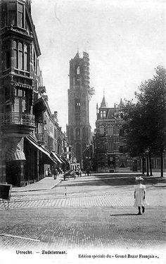 1904: Mariaplaats. De restauratie van de domtoren is in 1903 begonnen en zou tot 1931 duren
