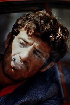Jean-Paul Belmondo - Pierrot le Fou (Jean-Luc Godard, 1965) Light In August, Pokerface, Jean Luc Godard, Famous French, The New Wave, Classic Hollywood, Character Inspiration, Movie Stars, Rock And Roll