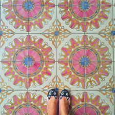 Amazing pic by @shelovesblooms  keep tagging #ihavethisthingwithtiles   _____________________________________________    #fwisfeed #feet #maioliche #lookyfeets #lookdown #selfeet #fwis #fromwhereyoustand #viewfromthetop #ihavethisthingwithfloors #viewfromthetopp #happyfeet #picoftheday #photooftheday #amazingfloorsandwanderingfeet #vsco #all_shots #lookingdown #fromwhereonestand #fromwherewestand #travellingfeet #fromwhereistand #tiles #tileaddiction #tilecrush #floor #vscocam #instatiles