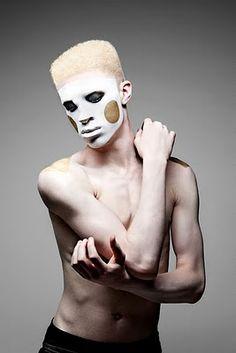 shaun ross Shaun Ross, African American Fashion, Albinism, Photo Projects, Viera, Creative Director, Candid, Fashion Photography, Folk