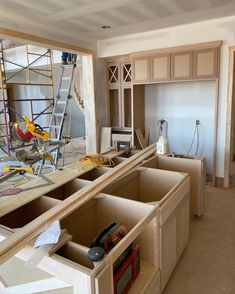 Kitchen cabinets going in‼️ We love the way they're looking and they're not even finished yet! 📍Mills Ranch Lot 6 Custom build in the making ... 👀 • • • • • #fieldstonehomes #fieldstonehomeskc #kansasbuilder #kansashomes #customhomes #spechome #millsranch #southoverlandpark #johnsoncounty #johnsoncountyks #cabinetinstallation #kitchencabinets #beautifulhomes #modernfarmhousearchitecture Farmhouse Architecture, Overland Park, Custom Homes, Beautiful Homes, Ranch, Kitchen Cabinets, Storage, Building, Modern