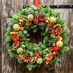 971 Likes, 14 Comments - Country Living UK Merry Christmas To You, Christmas 2017, Christmas Wreaths, Christmas Decorations, Holiday Decorating, Decorating Ideas, Country Living Uk, Natural Christmas, Gardening