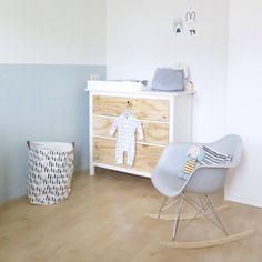IKEA hack: een commode met aangepaste frontjes | José  Russchen | Nursery | Kinderkamer