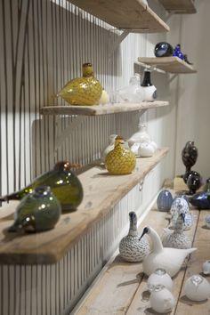 Porcelain Figurines from Herend, Lladro, Nao, & Franz + Radko Ornaments Glass Birds, Blue Art, Glass Design, Ceramic Art, Mid-century Modern, Glass Art, Porcelain, Interior Design, Home Decor