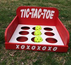 Tic tac toe 2 on 2, using colored balls?