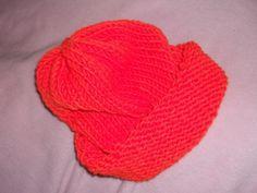 Beaniemütze .. neon-orange von KiKiWanda auf DaWanda.com