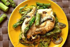 Creamy Lemon Chicken with Asparagus and Mushrooms