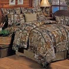 Realtree All Purpose Camo 8 Pc King Comforter Bedding Set - Camouflage Hunting Bed Sets, Full Comforter Sets, Bedding Sets, King Comforter, Grey Comforter, Queen Bedding, Sheets Bedding, Camo Rooms, Camouflage Bedroom