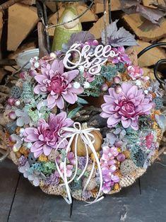Handmade Products, Succulents, Floral Wreath, Wreaths, Plants, Home Decor, Floral Crown, Decoration Home, Door Wreaths