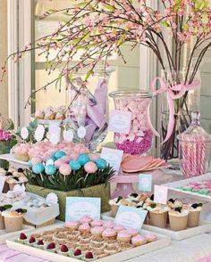 flower garden birthday party or baby shower First Birthday Parties, Girl Birthday, First Birthdays, 21st Birthday, Birthday Table, Birthday Ideas, Birthday Sweets, Party Sweets, Birthday Candy