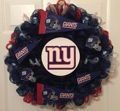 New York Giant Fans! Show your team spirit this football season! Order yours today! www.wreathsbylinda.etsy.com