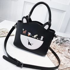 Leather Cat Purse - Love Cat Design Cat Purse, Canvas Handbags, Trendy Accessories, Everyday Bag, Cat Design, Thoughtful Gifts, Cat Lovers, Purses And Bags, Cats