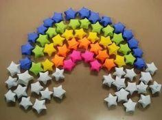 Quer fazer um enfeite bem bonitinho ou então passar o tempo de forma divertida? Então faça estrelas de papel, que podem ser aplicadas a painéis em decorações de festa ou posicionadas na parede de seu quarto, em seu mural ou onde você quiser. Dicas para Fazer Estrelas de Papel Para fazer estas simpáticas estrelinhas você …