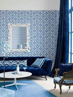 Royal Blue Living Room Decor Elegant Royal Blue Living Room with Feature Wall Blue Living Room Decor, Living Room Color Schemes, Himmelblau, Blue Rooms, Room Colors, Interiores Design, Modern Interior, Designer, Interior Decorating