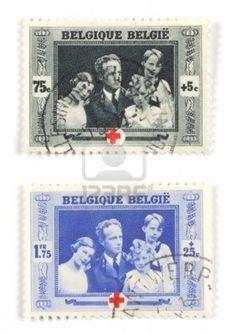 Colección de sellos de Bélgica. Set con la familia real emitida el 75 º aniversario od Cruz Roja.  Foto de archivo - 1887815