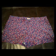 NWOT - Mossimo - Floral Corduroy Shorts NWOT - Mossimo Supply Co. - Floral Corduroy Shorts, Junior sized 13 but I believe they are closer to a Size 10. Mossimo Supply Co. Shorts